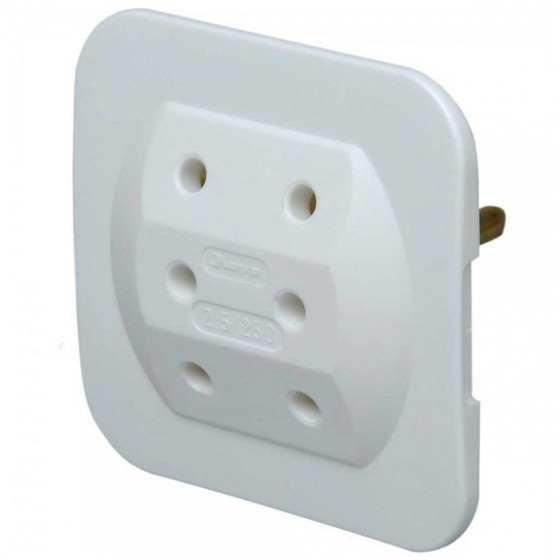Kopp presa elettrica multipla per uso civile schu.ko 3x prese euro 2poli 3,5a (senza massa), ultrapiatta salvaspazio, bianca